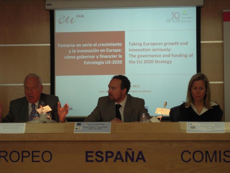 """""""Tomarse en Serio el Crecimiento y la Innovación en Europa: cómo gobernar y financiar la Estrategia UE2020"""""""