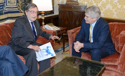 Alfonso Dastis recibe al presidente del Consejo Federal Español del Movimiento Europeo