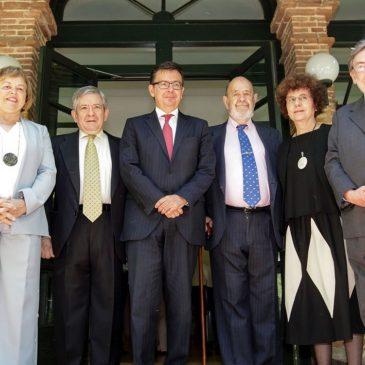 El ministro de Economía Escolano y los ex presidentes del PE Gil-Robles y Barón en el acto del CFEME para celebrar el Día de Europa