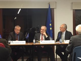 Coloquio con Serrano de Haro sobre El Futuro de la Europa de la Defensa