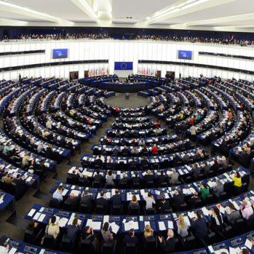Relevante Resolución del Parlamento en línea con el Movimiento Europeo